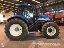 landbouwtractor New Holland T7040