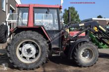 landbouwtractor Case 833 A