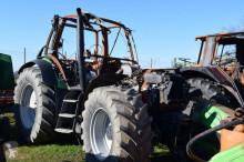 tracteur agricole nc Agrotron 165.7 - Brandschaden