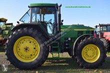 John Deere 7710 PQ farm tractor