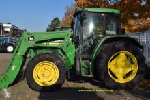 landbouwtractor John Deere 6210