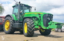 trattore agricolo John Deere 8230 POWERSHIFT - 2007 - 303 KM