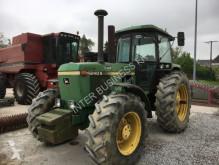 tracteur agricole John Deere 4240S