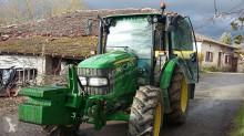 John Deere 5100 R Landwirtschaftstraktor