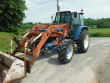 trattore agricolo Ford 6640
