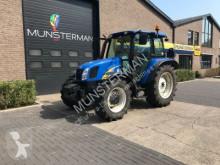 landbouwtractor New Holland T5030