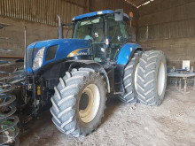 tracteur agricole New Holland T 7030