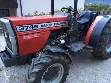 tractor agricol Massey Ferguson 62 kW (84 CV)
