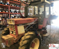 tracteur agricole International 1246