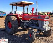 tracteur agricole Ebro 684