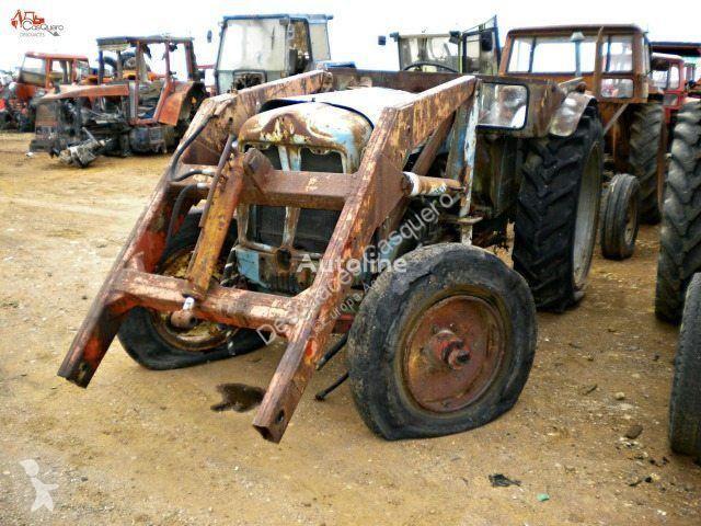 Voir les photos Tracteur agricole Ebro SUPER 55 pour pièces détachées