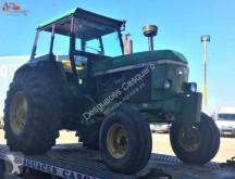 tracteur agricole John Deere 3440