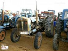 tracteur agricole Ebro SUPER 55 pour pièces détachées
