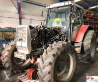 trattore agricolo Massey Ferguson 8110