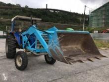 tracteur agricole Ebro 6070