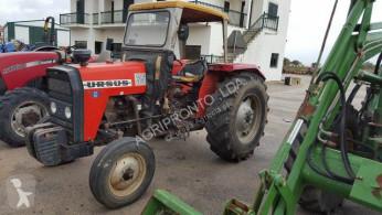 tractor agrícola Ursus