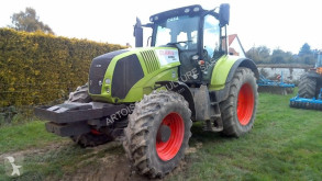 tracteur agricole Claas AXION 810
