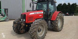 zemědělský traktor Massey Ferguson 5465