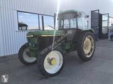 tracteur agricole John Deere 3050 A