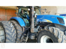 trattore agricolo New Holland