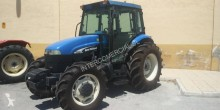 tractor agricol tractor vechi New Holland