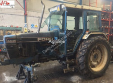 tracteur agricole Ford 6640