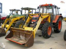 tracteur agricole Kubota M1-100