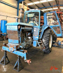 tracteur agricole Ford 7700