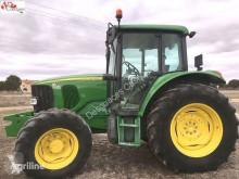 tractor agricol John Deere 6220 4WD