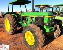 tractor agricol John Deere 3350