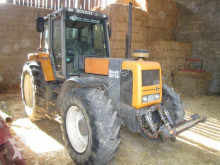 tractor agricol Renault 133-54