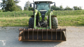 tracteur agricole Claas ARION 530 CEBIS