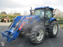 New Holland T6020 ELITE farm tractor