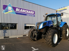 New Holland T8.300 ULTRA COMMAND SWII farm tractor