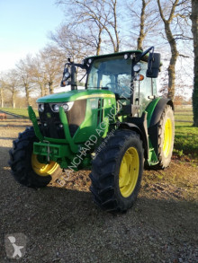 tracteur agricole John Deere 6115 RC