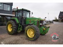 tracteur agricole John Deere 7700 4wd.