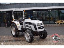 tracteur agricole Eurotrac F40 4wd.