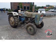 ciągnik rolniczy Ford 3000