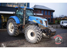 tractor agricol New Holland T7040