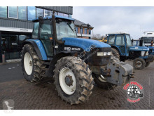 tracteur agricole New Holland 8160