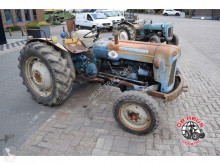 tracteur agricole Ford Dexta special