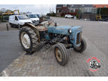 tracteur agricole Ford Super Dexta
