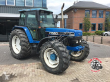tracteur agricole Ford 7840 4wd.