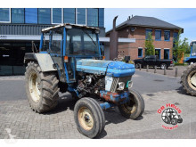 tracteur agricole Ford 5610 2wd.