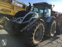 tracteur agricole Valtra S374