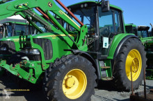 tracteur agricole John Deere 6120