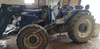 New Holland T5040 DUAL COMMAND 农用拖拉机