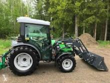 Deutz-Fahr 230 DT farm tractor