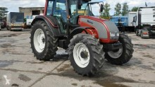 tracteur agricole Valtra N121