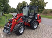Weidemann 2070 CX LP farm tractor